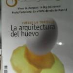 sobre mesa la arquitectura del huevo