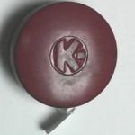 Caja metálica Kores