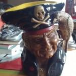 jarron pirata musical